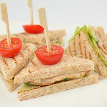 mini-sendvich-s-buzheninoy