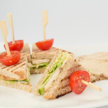 mini-sendvich-s-kuritsey